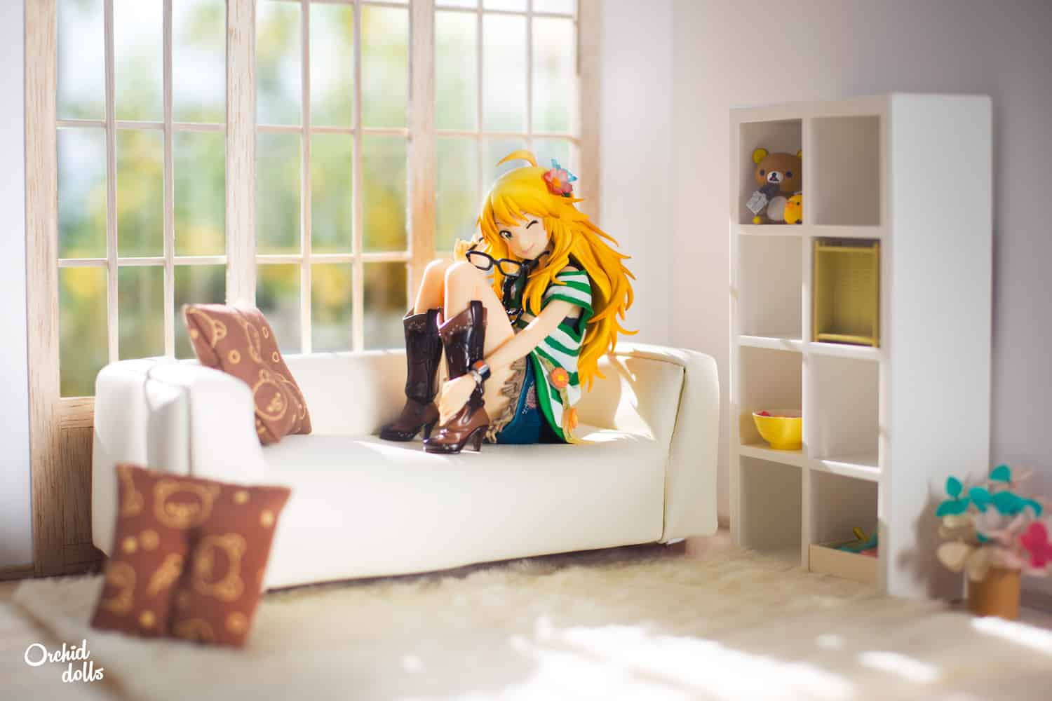 Miki Hoshii figure in a cozy miniature living room