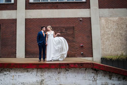 Minneapolis wedding photographer at Neu Neu Event Center