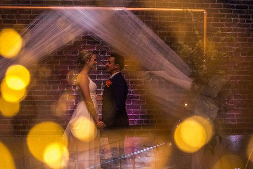 Minneapolis wedding photographer creative