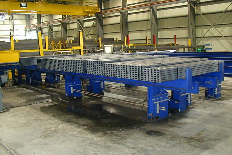 Cross Conveyor System for Bundles of Steel Channel