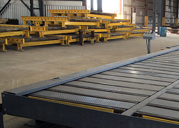 Cut-to-length Conveyor system with filler plates