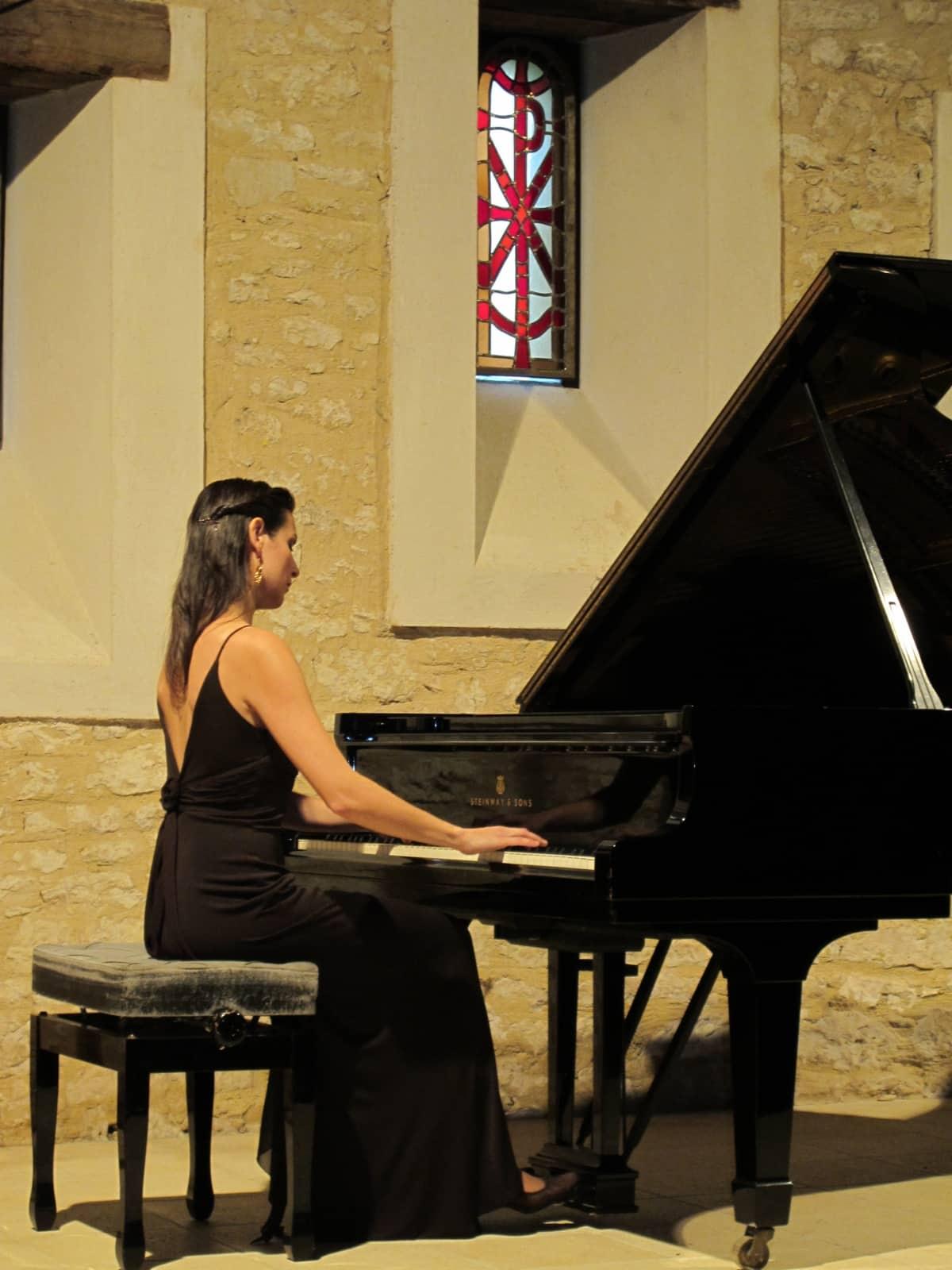 Cristina Casale pianista española 12