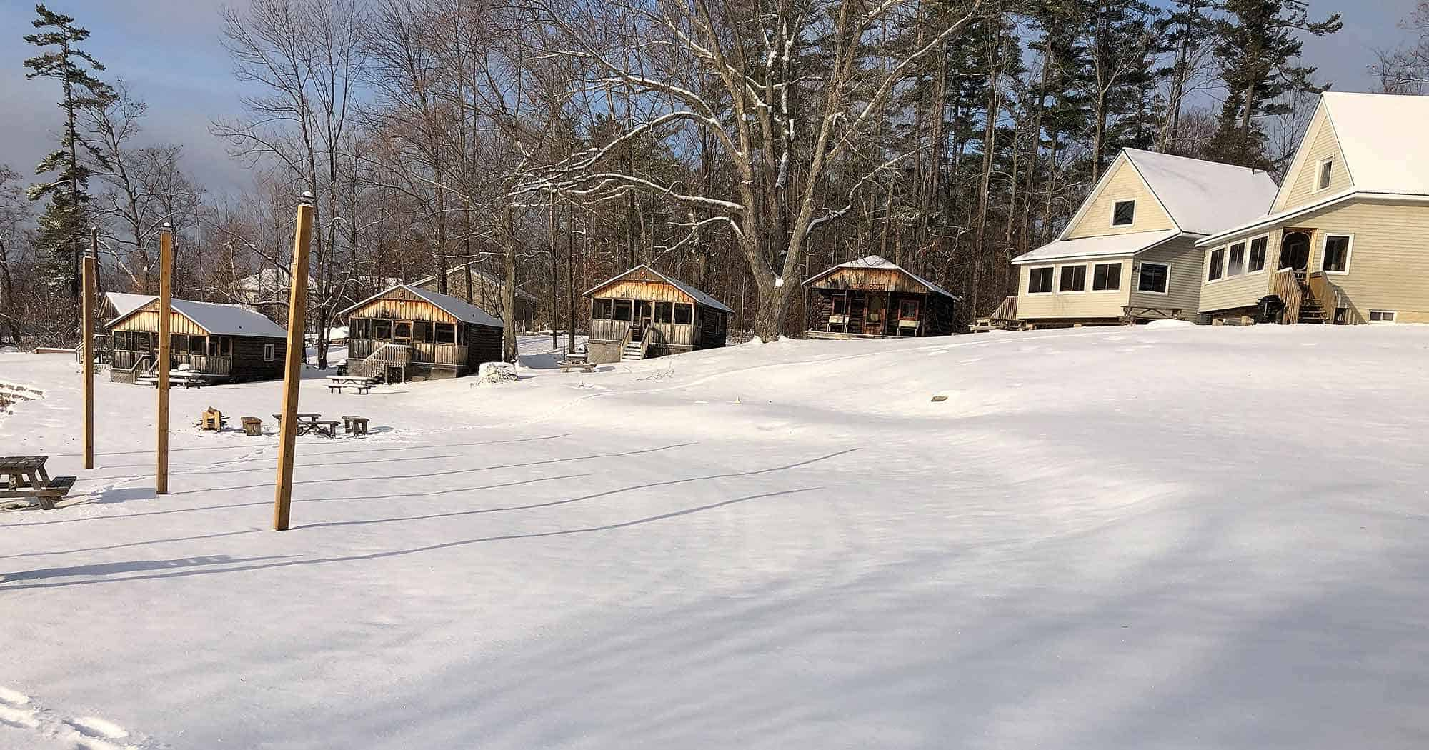 Cabins and chalets in winer, Jocko's Beach Resort and Motel